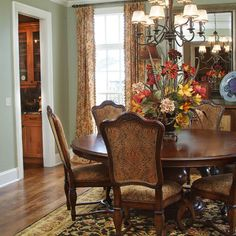 Traditional Dining Room Centerpieces Design, Pictures,