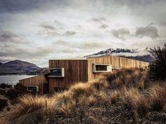 retreat house - Te Kaitaka - Lake Wanaka - New Zealand - Stevens Lawson - 2010 World's Most Extraordinary Homes