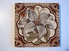 Antique victorian estampa floral e tonalidade De Parede Azulejo-Lily C.1885