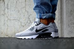 nike air max 90 ultra se wolf grey dark grey w Best Sneakers, Nike Sneakers, Casual Sneakers, Air Max Sneakers, Mens Fashion Shoes, Sneakers Fashion, Air Max 90, Nike Air Max, Vintage Shoes Men