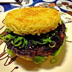 PASADENA>> The latest food craze to hit the streets of New York, the Ramen Burger, is coming to Pasadena this weekend.The burger, which has seared ramen noodle patties instead of a bun, was d… Cronut, Hamburgers, Ramen Burger Recipe, Chefs, Crazy Burger, Onigirazu, Food Porn, Carne Picada, Weird Food