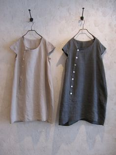 Casual linen tunic dresses----minimalist and easy..                                                                                                                                                      More