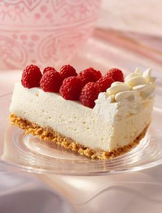 MSN Food - Explore the world of Food through trends, news, world-famous chefs, how-to cooking videos, tips and more. Food Porn, Raspberry Cheesecake, Cooking Videos, Buttercream Cake, Cheesecakes, Yummy Cakes, Tart, Food And Drink, Dishes