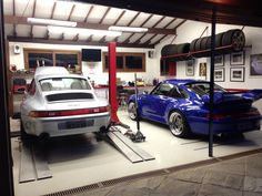 Porsche in the house bathroom colors in 2019 garage dream Garage Shed, Man Cave Garage, Garage House, Garage Workshop, Dream Garage, Garage Storage, Car Garage, Porsche 993, Porsche Cars