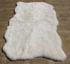 Schapenvacht tapijt kortharig natuurlijke randen
