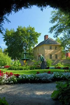 Sarah Goodwin's garden in Portsmouth, New Hampshire (where that MSL Wedding took place and adjacent to the site where the Passion For Fashion dinner will be held.)