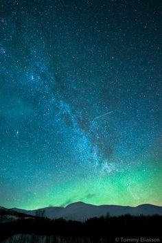by Tommy Eliassen...I wish my night sky looked like this