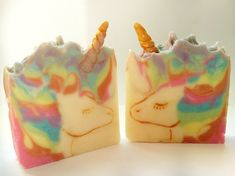 Unicorn Artisan soap. Bring a little bit of magic to your bathing with this beautiful unicorn soap. Scented with a blend of mandarin oranges and pineapple chunks.Approx weight 150gIngredients : sodium olivate' (olive oil) sodium cocoate ( coconut oil) sodium Shea butterate ( Shea butter) sodium castrate (castor oil) Aqua sodium cocoa butterate (cocoa butter) fragrance oil, kaolin clay, mica, salt.