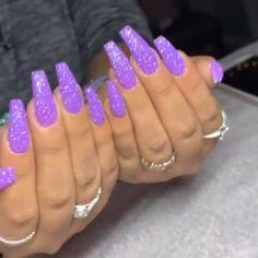 Nail art Christmas - the festive spirit on the nails. Over 70 creative ideas and tutorials - My Nails Purple Glitter Nails, Purple Acrylic Nails, Lilac Nails, Aycrlic Nails, Dope Nails, Coffin Nails, Gorgeous Nails, Pretty Nails, Acryl Nails