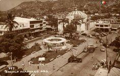Zocalo de Acapulco por ahí de los 40s