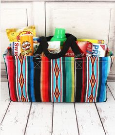 Serape haul it basket bag Diy Gifts, Best Gifts, Basket Bag, Shopper, Western Outfits, Leather Purses, Making Ideas, Fashion Bags, Hair And Nails