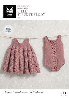 Se og udskriv gratis opskrift her. Knitting For Kids, Baby Knitting Patterns, Knitting Yarn, Baby Barn, Knit Baby Dress, Designer Baby, Baby Design, Kids And Parenting, Lace Shorts