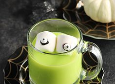 Halloween Recipes | Campfire Marshmallows White Chocolate Chips, Melting Chocolate, Hot Chocolate, Campfire Marshmallows, Recipes With Marshmallows, Halloween Menu, Halloween Treats, Cocoa Recipes, Marshmallow Treats