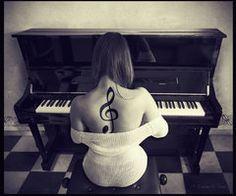 Treble clef tattoo on pianist playing piano Love Tattoos, Beautiful Tattoos, Body Art Tattoos, Tatoos, Music Tattoos, Ink Tattoos, Amazing Tattoos, Treble Clef Tattoo, Tattoos Musik