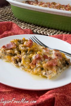 Bacon Cheeseburger Caulilfower Casserole!! All the flavors of a burger and if you keep the cauliflower base as a secret they will never know, tell them after they gobble it up! www.sugarfreemom.com