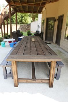 Varnish Virgin. It may have had something to do with the fact that we were making this an outdoor table (the original plan is for an indoor table) and we also were making it longer…thus dealing with wood that was more prone to have warping. #diyprojects #diyideas #diyinspiration #diycrafts #diytutorial #diy
