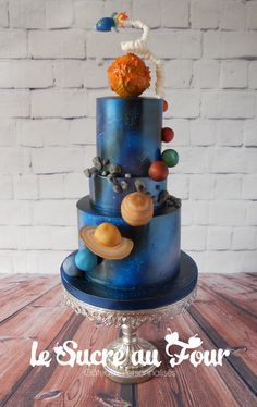 Solar system cake, all edible and hand made