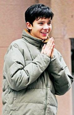 Read Asa Imagine from the story Asa Butterfield Imagines by multi_fandom_girl (The Future Mrs. Butterfield) with British Actors, American Actors, Kygo Wallpaper, Asa Buterfield, Home For Peculiar Children, To My Future Husband, Boyfriend Material, Celebrity Crush, Cute Boys
