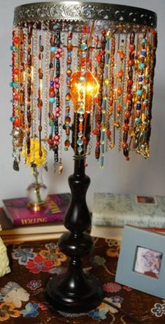 BEFORE - see the Walla Walla lamp pin on this board - easily convert to this! AFTER Bohemian beaded lamp DIY. Part old jewlery, part old lamp. What if you used ribbon, or junk jewlery also in one tone, like 'pearls' or 'jade' type jewlery! Boho Dekor, Brass Lamp, Pendant Lamp, My New Room, Bedroom Decor, Bedroom Ideas, Bedroom Colors, Bedroom Lamps, Home Decor