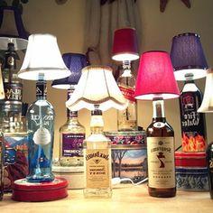 originelle-geschenke-zum-vatertag-selber-basteln- alkochol flaschen in lampen verwandeln