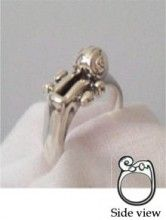 Violin scroll ring from theviolincase.com