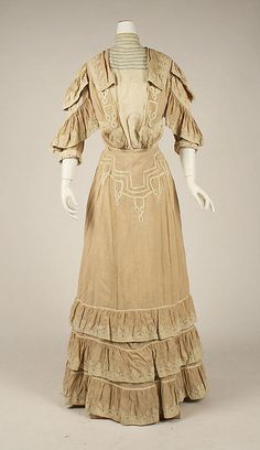 Walking Dress - 1904-1905 - The Metropolitan Museum of Art