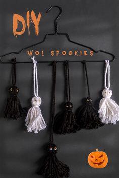 Halloween Jack, Diy Halloween Costumes, Diy Halloween Decorations, Halloween Crafts, Halloween Party, Im Falling For You, Painted Pumpkins, Trick Or Treat, Pumpkin Carving