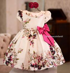 Baby fashion christmas little girls 67 Super Ideas African Dresses For Kids, Little Dresses, Little Girl Dresses, Kids Frocks Design, Baby Frocks Designs, Baby Girl Frock Design, Kids Gown, Baby Dress Patterns, Frocks For Girls