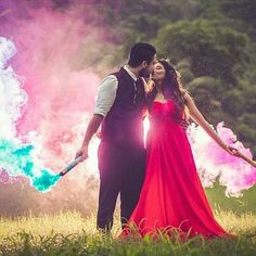 All set for the wedding? Here are best trending Pre-wedding photo shoot ideas that you need to know! All set for the wedding? Here are best trending Pre-wedding photo shoot ideas that you need to know! Pre Wedding Poses, Pre Wedding Shoot Ideas, Wedding Couple Poses Photography, Indian Wedding Photography, Pre Wedding Photoshoot, Wedding Couples, Wedding Shot, Photoshoot Ideas, Wedding Album
