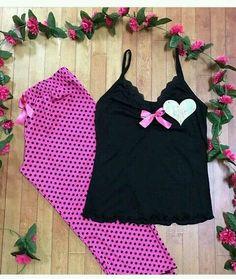 Pijama de algodão Cute Sleepwear, Lingerie Sleepwear, Nightwear, Cute Pjs, Cute Pajamas, Slep Dress, Pyjamas, Basic Outfits, Girl Outfits
