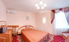 Номер двухместный стандарт. Отели Киева. Подробнее на официальном сайте гостиницы Обериг Киев: http://www.oberighotel.kiev.ua