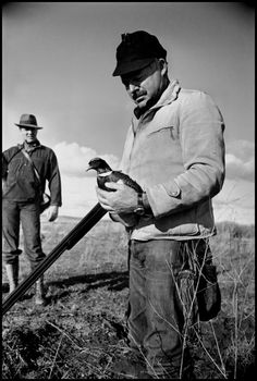 Ernest Hemingway, Sun Valley, Idaho 1940//Robert Capa