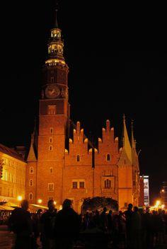 Wroclaw City Hall by Grzegorz Adamski on 500px