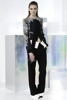 Just Cavalli Resort 2014 Collection - Bold pieces with a feminine touch define the resort 2014 collection from Just Cavalli. Check out the new line's best looks.