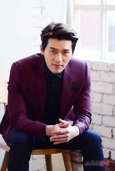 Official page Hyun Bin Hyun Bin, Jun Matsumoto, Hyde Jekyll Me, Hong Ki, Handsome Korean Actors, Song Joong, Park Seo Joon, Park Bo Gum, Ha Ji Won