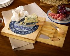 Glass Cheeseboard Set