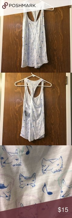 Cute tank top Perfect for the summer and would look great over a swimsuit. Never worn and design has foxes on it. Hollister Tops Tank Tops