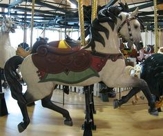 Good face, he doesn't look 'wild-eyed' like so many other carousel horses.