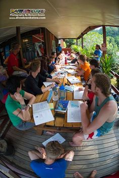 Tim discusses with the newly certified divers on the various PADI Specialties to continue their dive education :)