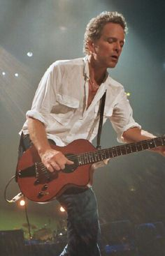 Simply the best. Lindsey Buckingham.