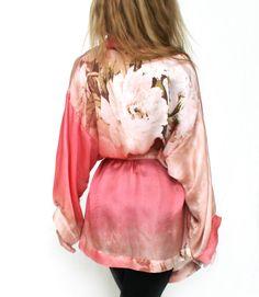 Satin-Kimono in Pastell von neseseti auf DaWanda.com