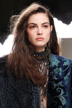 Lanvin Fall 2016 Ready-to-Wear Accessories Photos - Vogue Fashion Week, High Fashion, Fashion Beauty, Fashion Show, Womens Fashion, Beauty Style, Lanvin, Camille Hurel, Thing 1