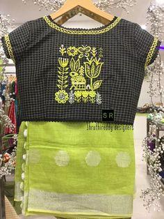 40 check blouse design to inspire you this season - Wedandbeyond Simple Blouse Designs, Stylish Blouse Design, Sari Blouse Designs, Blouse Patterns, Choli Designs, Checks Saree, Clothes For Women, Saree Blouse, Thread Work
