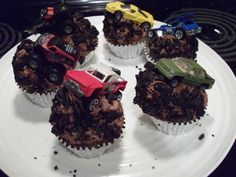 Off Road Cupcakes  on Cake Central