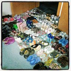 ... Auch diese Schuhe sind bereits bei den bulgarischen Kindern gelandet ;-)