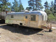 1963 Streamline Empress trailer