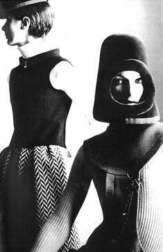 Pierre Cardin-gorros-60's