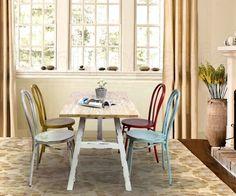 Sedie In Metallo Vintage : Zona pranzo in modern open plan appartamento con metallo vintage
