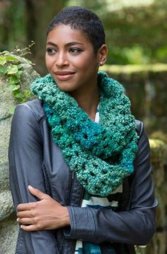 Sparkling Shells Cowl in Red Heart Stellar - LW4515. Discover more Patterns by Red Heart Yarns at LoveKnitting. The world's largest range of knitting supplies - we stock patterns, yarn, needles and books from all of your favorite brands.