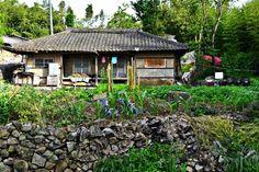 시골풍경 Korean Traditional, Traditional House, Good House, Country Life, Gazebo, Outdoor Structures, Cabin, Landscape, House Styles